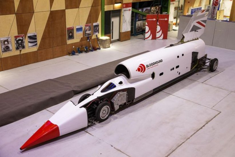 Bloodhound Land Speed Record : déjà 461 mph