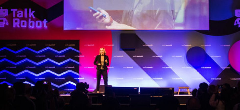 Mercedes lance un assistant intelligent vocal