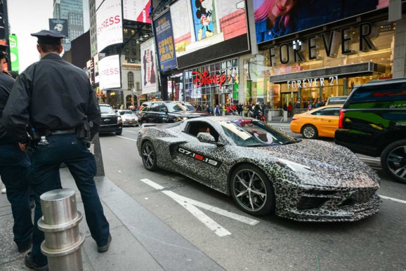 Corvette C8 : appelez-la Stingray
