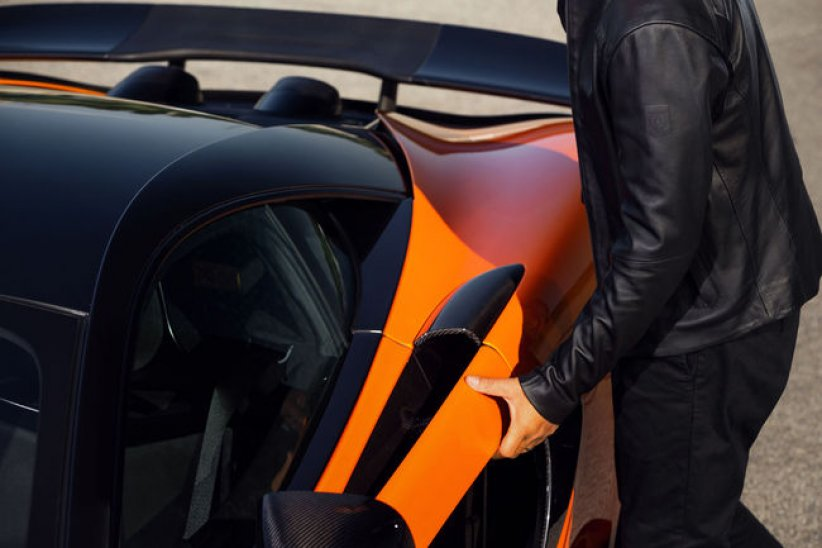 Mode: Belstaff X McLaren Collection