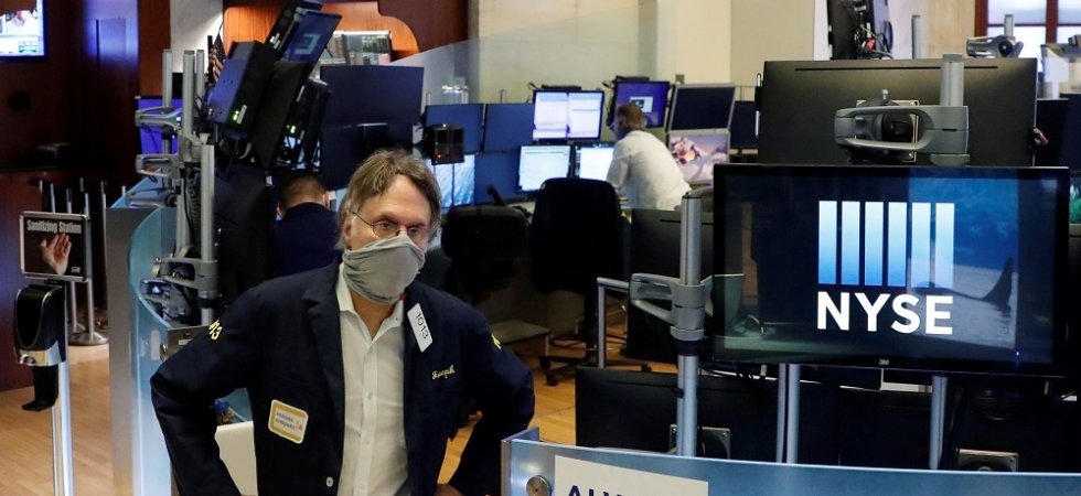 Wall Street consolide mollement