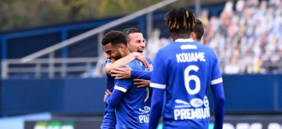Ligue 2 : Troyes se détache, Clermont cale