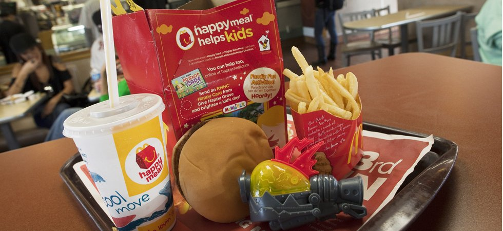 McDonald's va retirer le cheeseburger de son Happy Meal
