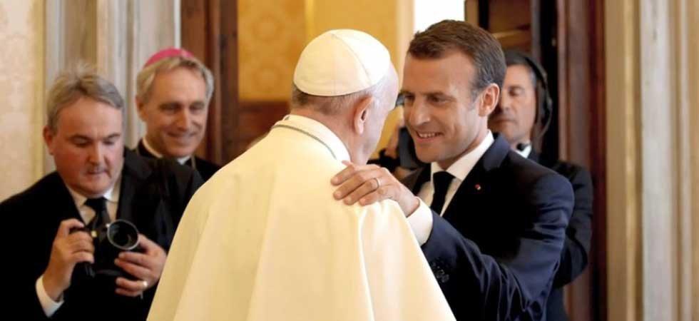 «Les Bretons, c'est la mafia française» : la blague douteuse d'Emmanuel Macron au pape