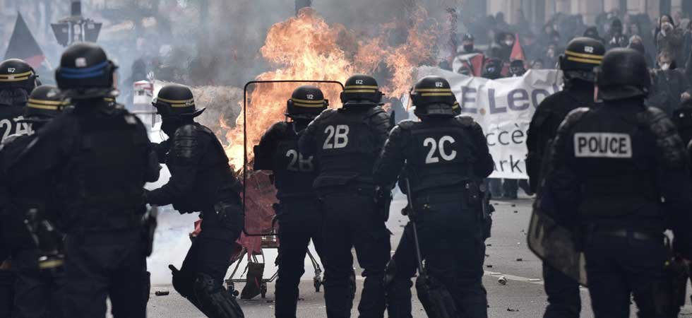 EN DIRECT - 1er mai : affrontements en marge de la manifestation parisienne