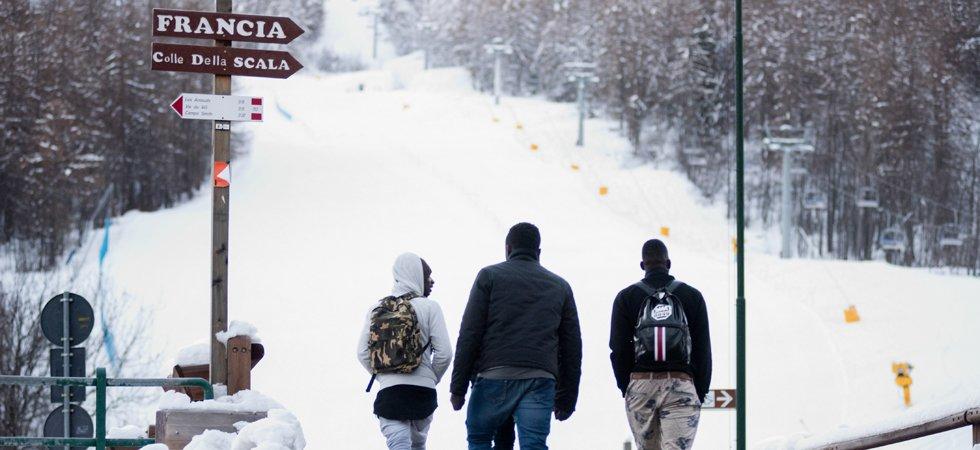 Alpes : des militants d'extrême droite bloquent le col de l'Échelle, point de passage de migrants