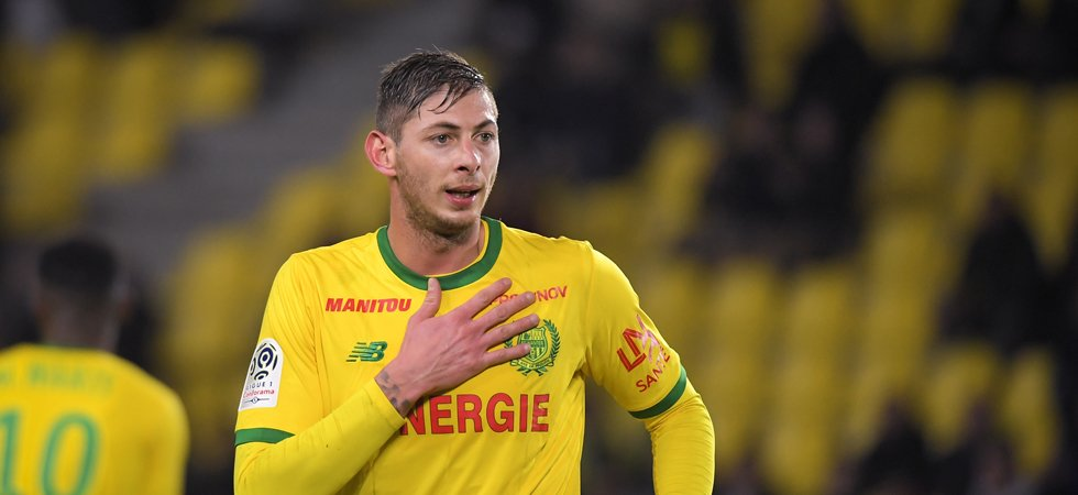 Un avion transportant le footballeur Emiliano Sala a disparu en mer