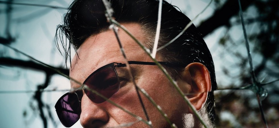 "Richard Hawley dévoile son nouvel album ""Hollow Meadows"" en streaming"