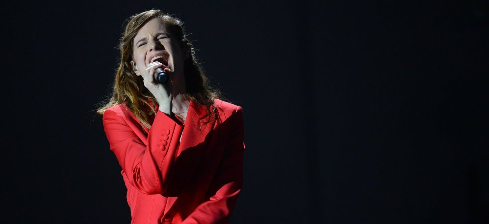 "Christine and the Queens remixe le morceau ""Tilted"" en mode deep house"