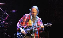 Neil Young : un nouvel album sur Monsanto